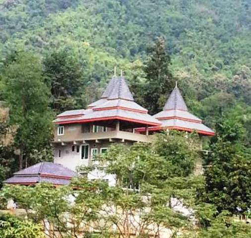 Chiang Rai Forest Rangers Seize 4 Resorts Built on Forest Land Reserves