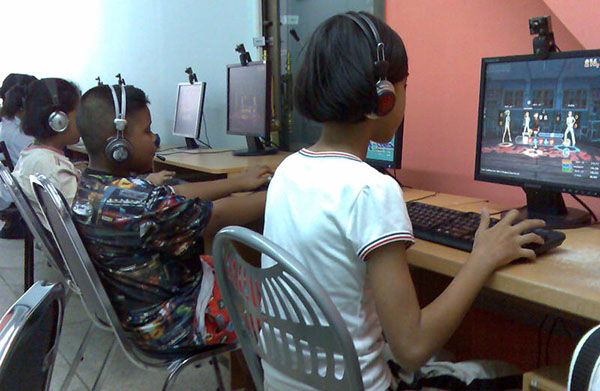 Thailand to Launch Website to Allow Parents to Monitor Children at Game Shops