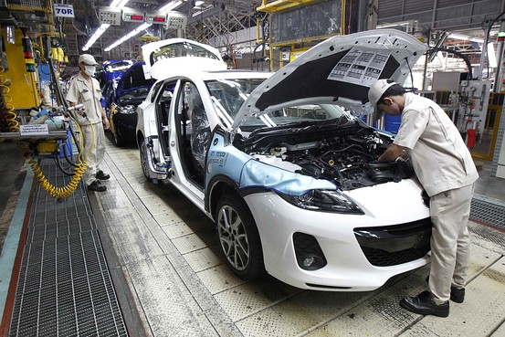 Thailand Manufacturing Activity Falls for 15th Straight Month