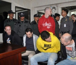 5 foreign 'dealers' arrested in Phuket extradited to the US