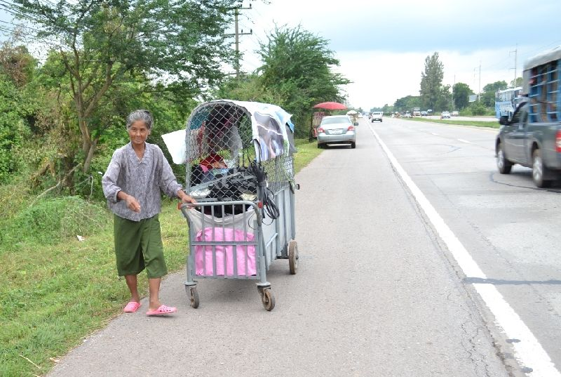 Pornpimol Reu-opat was pushing a cart carrying her 22-year-old daughter along the highway
