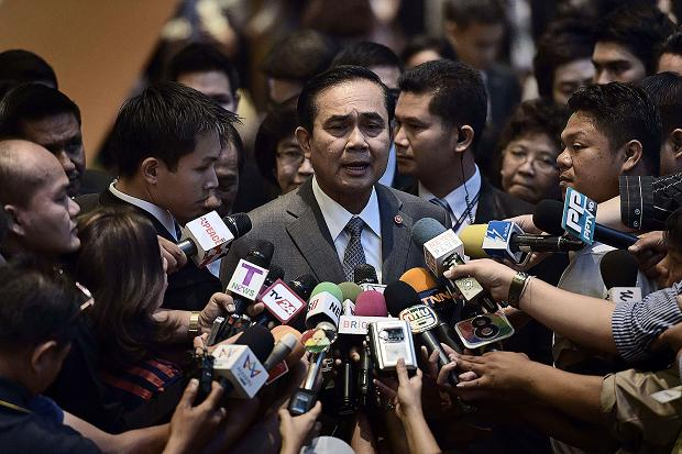 Prime Minister General Prayut Chan-o-cha yesterday vowed to tackle influential rackets and illegitimate businesses on the tourist island