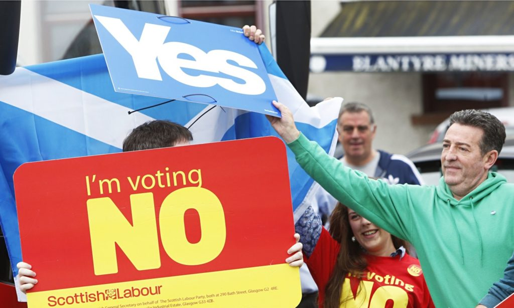 Yes and no voters in Scotland