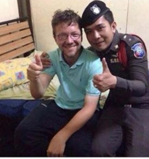 Tourist Police Help Down and Out German Tourist in Bangkok