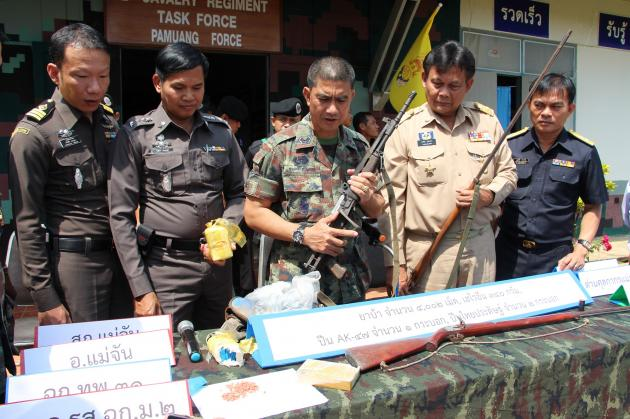 Army Rangers Seize Small Cache of Drugs and Fire Arms after Firefight in Mae Sai District