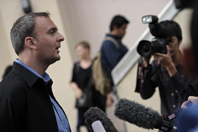 British Human Rights Activist Andy Hall Sends Team of Lawyers to Defend Burmese Workers Charges with Koh Tao Murders