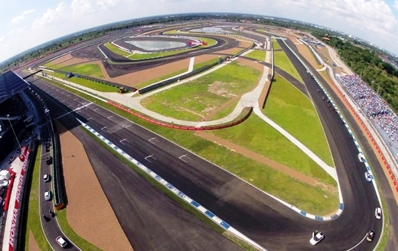 The circuit occupies 1,200 rai in Muang district and can accommodate a maximum of 50,000 spectators