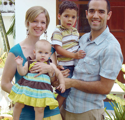 The Roberts Missionaries from US Embrace Chiang Rai