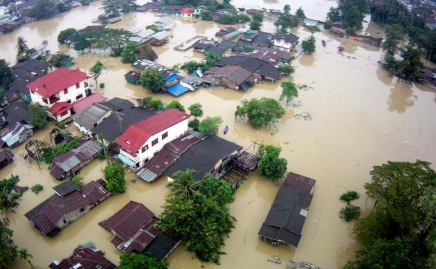 Floods Continue to Devastate Southern Provinces