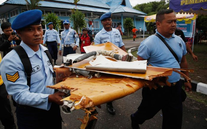 Large Wreckage and 30 Bodies Found for Air Asia Flight QZ8501