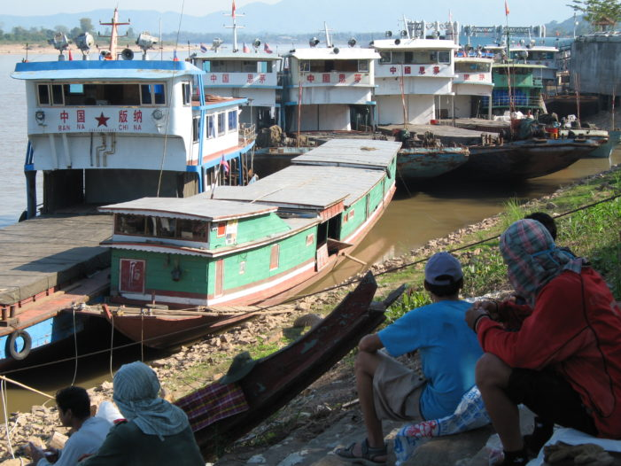 Ships Grounded on Mekong Awaiting China to Release Water from Jinghong Dam