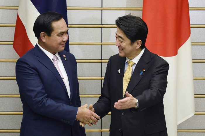 Japan's Prime Minister Urges Prayuth to Return Democrocy Back to the Thai People