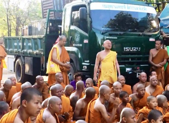 Stand Off Between Monks and Authorities at Tiger Temple