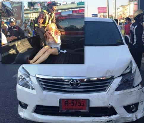 American Woman Driver Smashes into 13 Vehicles in Pattaya – [Video]