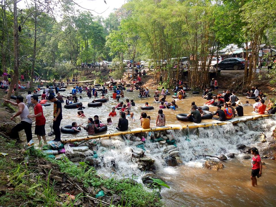 Local river turned into a giant swimming pool in Chiang Rai province