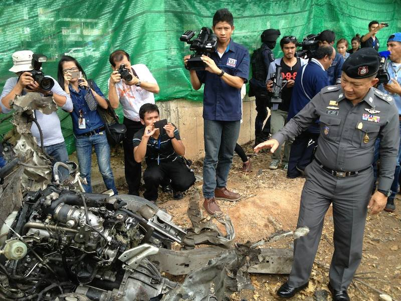 On the night of 10 April a car bomb exploded at the basement parking lot of Central Festival Samui shopping mall, which locates on Surat Thani's Samui island.