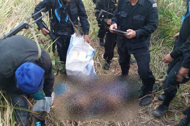 Chiang Rai Army Rangers Kill Seven Smugglers and Seize Bt800 Million in Heroin
