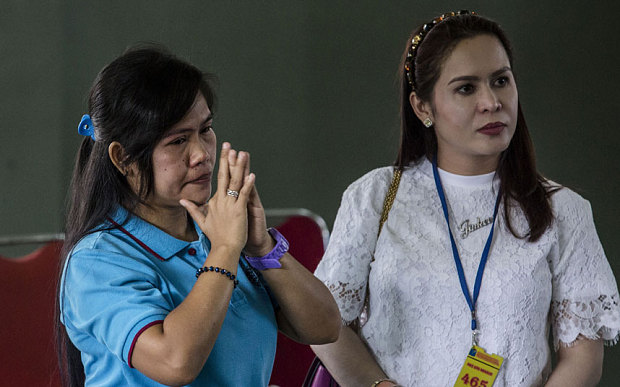 Mary Jane Veloso (L) and Jinkee Pacquiao