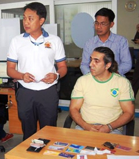 Sharam Khatami has been arrested for allegedly possessing a forged passport. - See more at: http://www.pattayamail.com/news/turk-busted-for-trying-to-extend-visa-in-fake-passport-51275#sthash.wPe0Oghb.dpuf