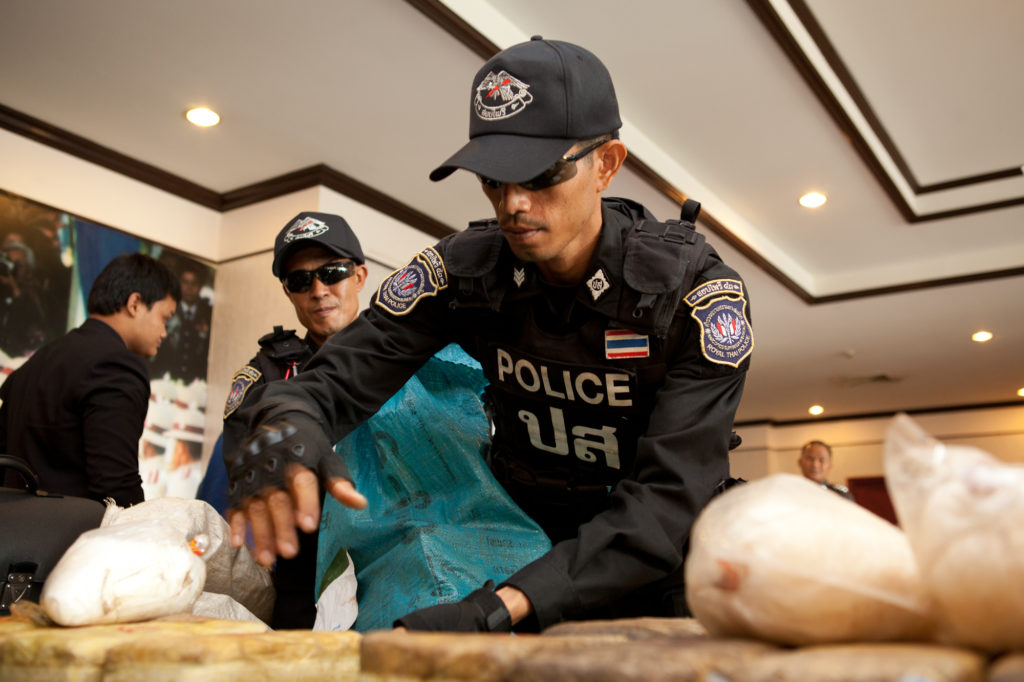 200,000 speed pills seized from them are shown at a police press conference at Mae Suai police station in Chiang Mai Please credit and share this article with others using this link:http://www.bangkokpost.com/news/crime/704264/couple-arrested-200000-ya-ba-pills-seized-in-chiang-rai. View our policies at http://goo.gl/9HgTd and http://goo.gl/ou6Ip. © Post Publishing PCL. All rights reserved.
