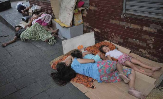 4,000 Filipino Homeless Paid to Relocate Prior to Relocation for (APEC) Summit
