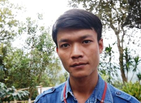 As a child, Sopon Ayi, 29, sometimes went hungry when his father squandered the family's money to feed his opium addiction. Photo- L. Hoang