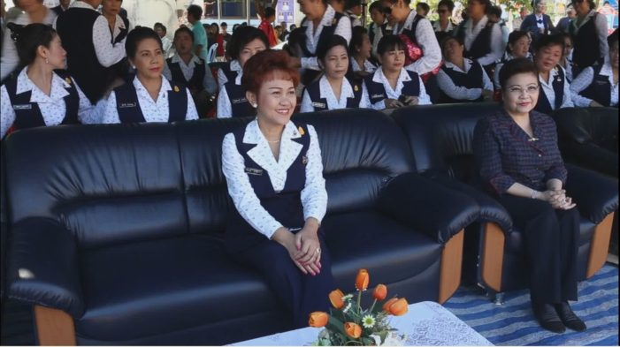 Navy Wives Association Gives Away Free Blankets to Seniors in Chiang Saen