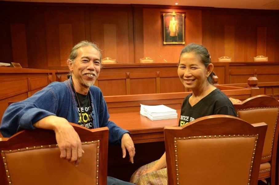 Niwat Roykaew and Mrs. Sorn Champadok inside the courtroom by Montree Chantawong