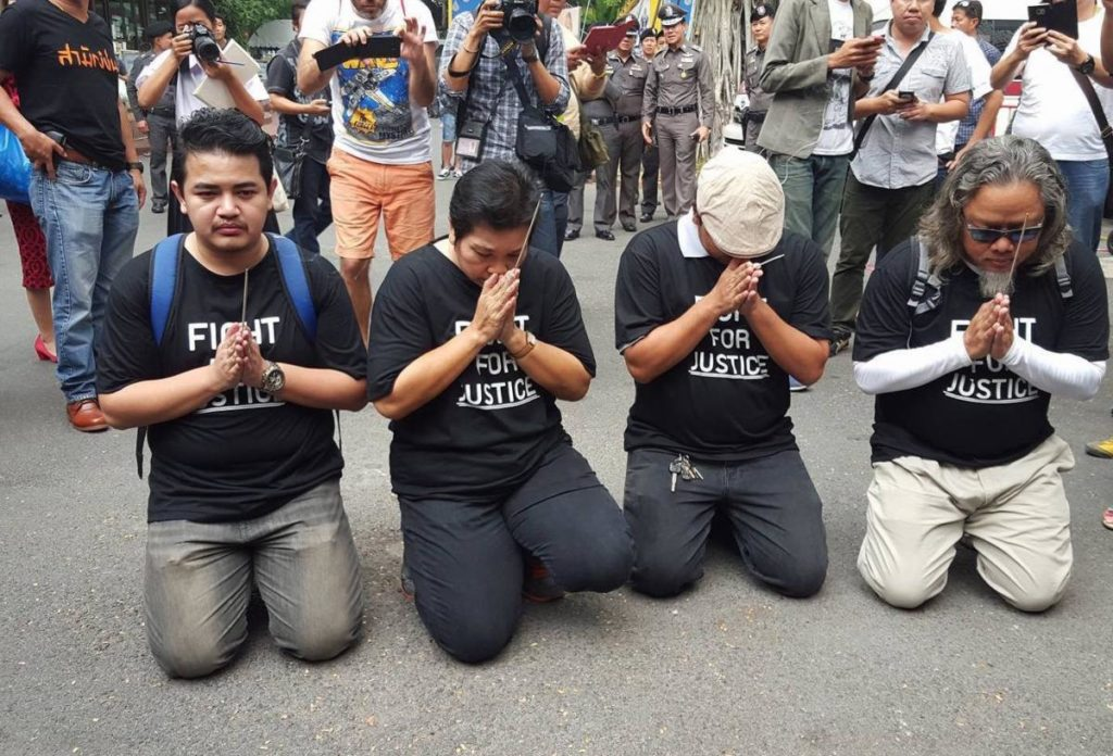 Relatives of the 2010 violence victims stage a protest against the dismissal of malfeasance charges against former senior officials for their role in the violent crackdown