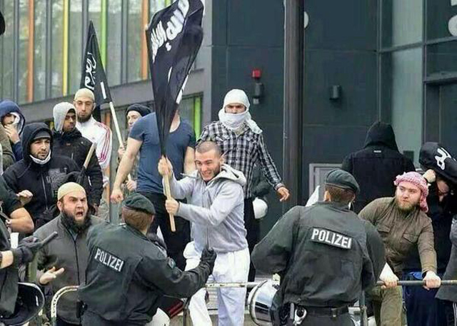 ISIS supporters attack police in Germany