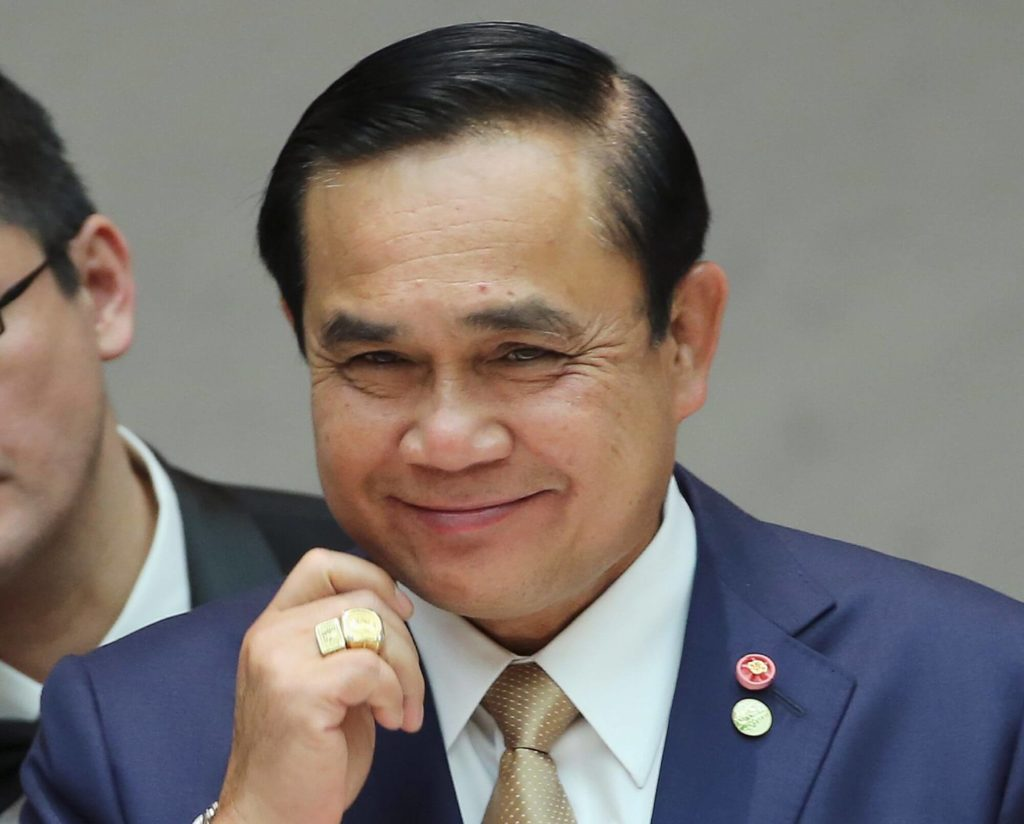 Politicians note that Mr Prayuth will retain his authority until the moment the next government is sworn in, perhaps allowing him to influence their election campaigns.