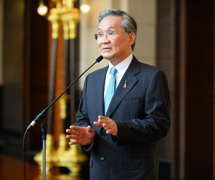 Foreign Minister Don Pramudwinai said their misleading reports gave rise to misleading headlines.
