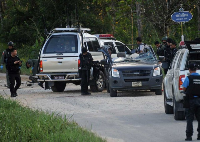Bomb Detonated by Muslim Insurgents Kills Two Soldiers in Southern Thailand