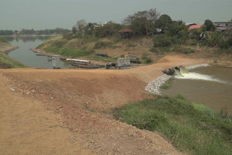 Temporary pumps will take 47 million cubic metres of water from the Mekong