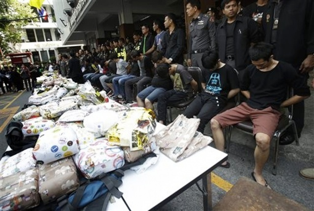 Thai Police Bust 15 Malaysians with 226Kg of Crystal meth and 8 Kg of Heroin
