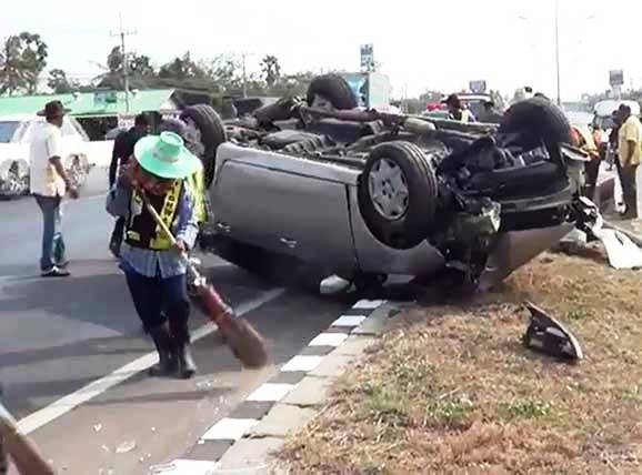 Australian Ambassador's Daughter Injured When Car Overturns in Petchaburi Province