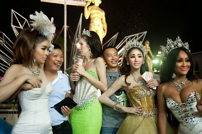 Thai Tourism Officials Concerned Over Negative Video's of Chinese Tourists