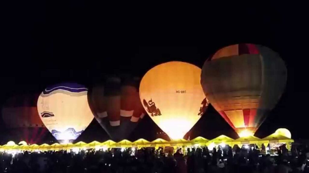 sensational nightly Balloon Magic Night Glow