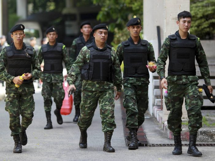 Soldiers and Police Raid Homes of Pheu Thai Party's Core Leaders