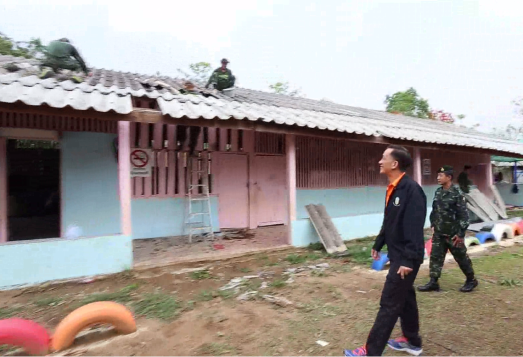Governor Boonsong Techamaneesathit visits homes damaged by summer storms in Mae Pao a (subdistrict) of Phaya Mengrai District, in Chiang Rai