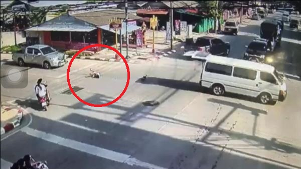 Thai Transport Officials React After Students Fall from School Bus