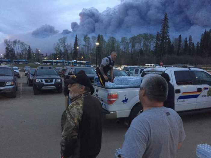 Cooler Temperatures Give Firefighters Hope in Fort McMurray, Alberta