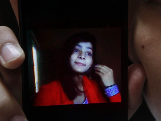 Pakistan Mother Burns 17 Year-Old Daughter Alive for Eloping