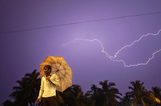 Lightning Kills More than 75 People as Monsoons Sweep India