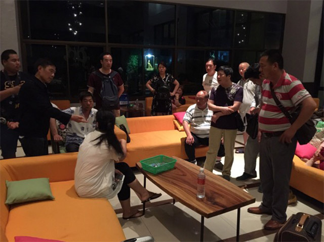 37 Chinese Tourists Abandoned by Tour Guides in Pattaya