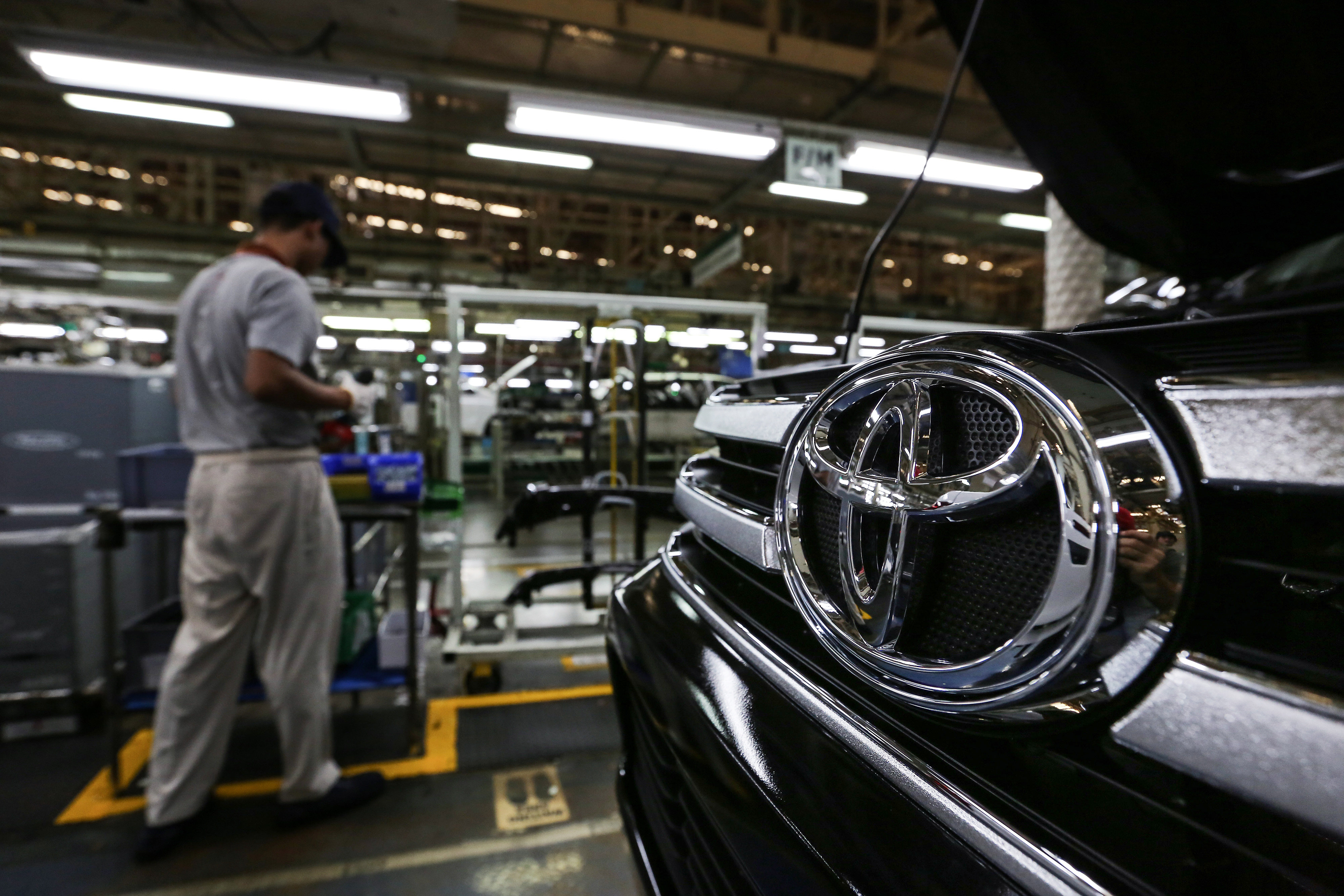 Toyota Thailand Terminates 800 Workers Due to Declining Sales