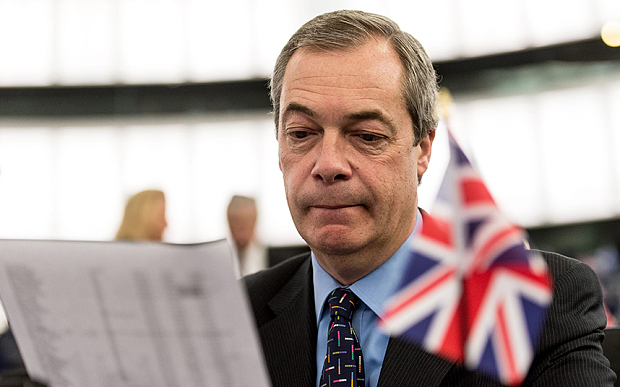 Nigel Farage Anti-EU Champion Stepping Down, Britain's Politicians in Turmoil
