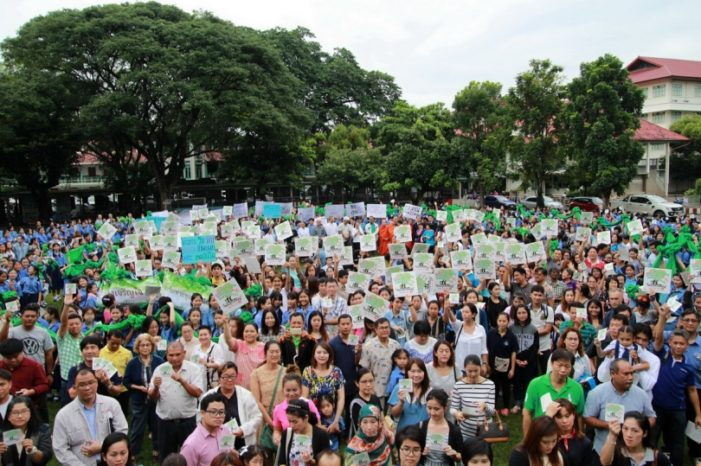 Hundreds of Chiang Mai Residents Rally to Protect Cities 'Last Green Space'