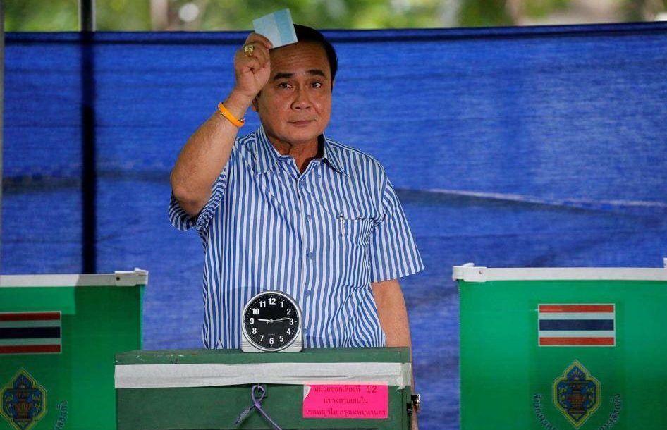 Thailand's Interim Prime Minister Prayut Chan-o-cha casts his vote at a polling station in Bangkok in the referendum on a draft constitution on Aug. 7.