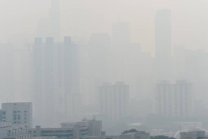Singapore Shrouded by Dense Smog as Forest Fires Burn in Indonesia